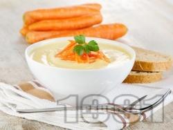 Крем супа от пасирани картофи и моркови със течна сметана, масло, прясно мляко и джинджифил - снимка на рецептата